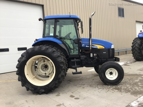 2011 New Holland TS6030