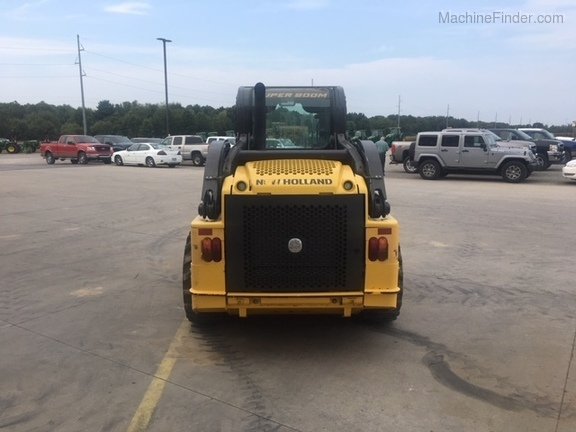 2012 New Holland L218 Image 4