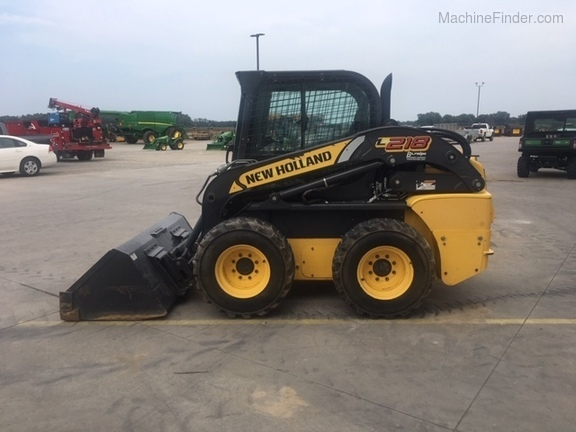 2012 New Holland L218 Image 6