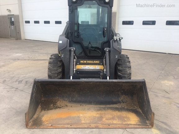 2012 New Holland L218 Image 7