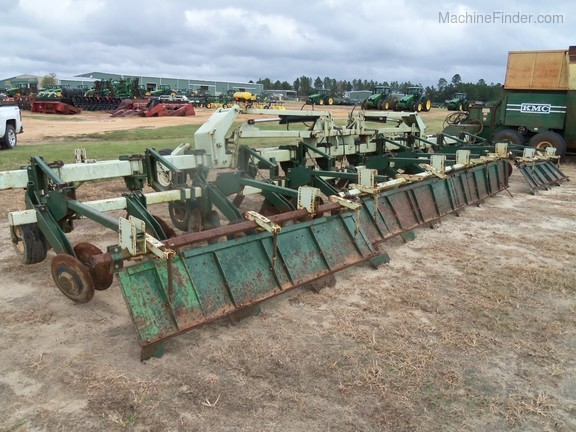 2009 KMC 12 Row Ripper Bedder