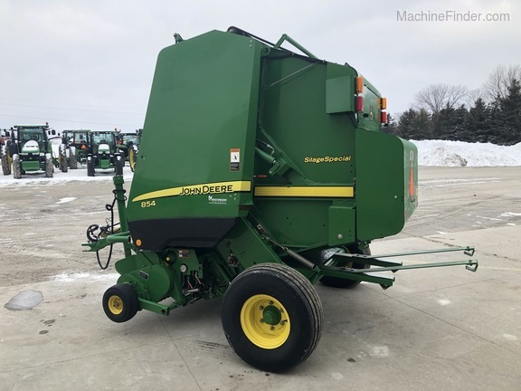 2011 John Deere 854 Silage Special Image 5