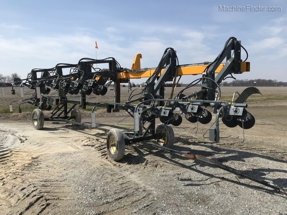 Hagie 4-1 DTB 12R Puller