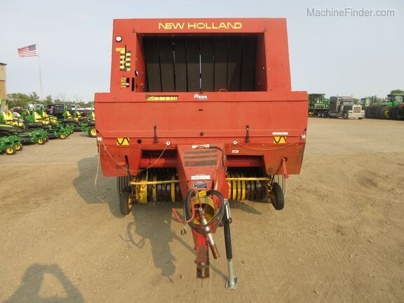 1994 New Holland 660 Image 6
