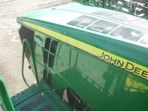 John Deere R4030