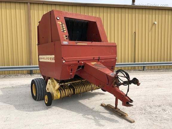 1991 New Holland 650 Image 1