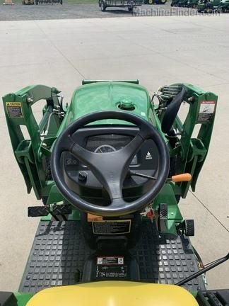 2013 John Deere 2032R - Compact Utility Tractors - Sodus, MI