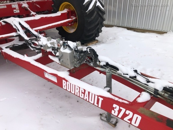 2016 Bourgault 3720 Image 4