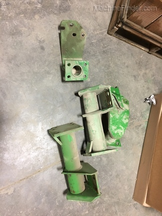 John Deere MODEL 80 MTG FRAME PARTS