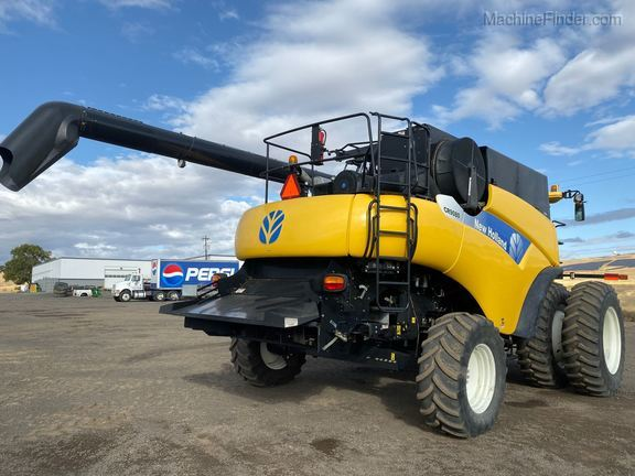 2010 New Holland CR9080