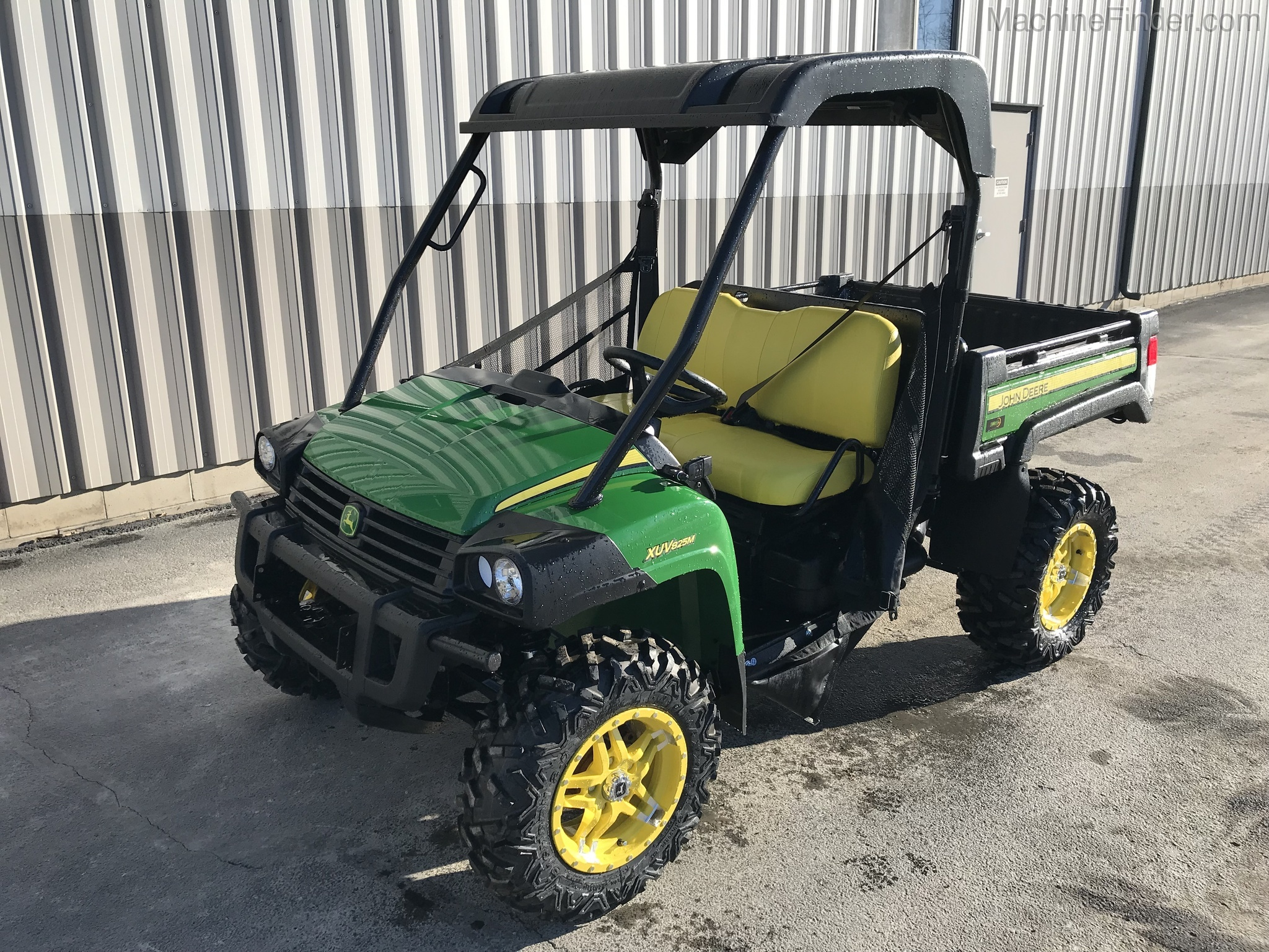 Equipment Details 2018 John Deere 825m