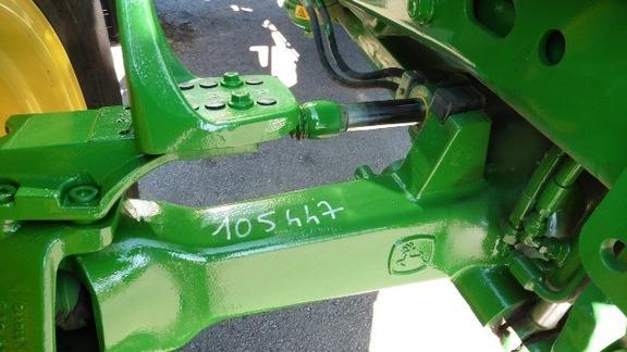 John Deere 6230