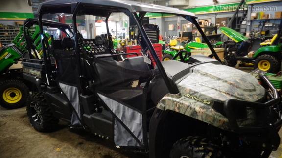 John Deere XUV 590I S4 Gator