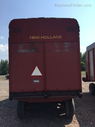 New Holland 716