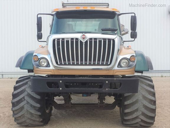 2013 International Harvester 7500SFA Image 8