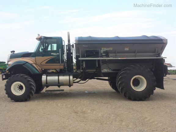 2013 International Harvester 7500SFA Image 6