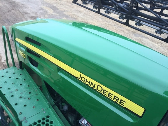 2013 John Deere 4830