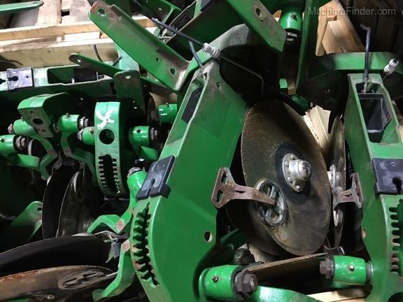 John Deere AA59352 XP ROW SHANK