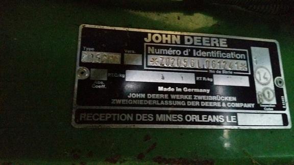 John Deere 2056