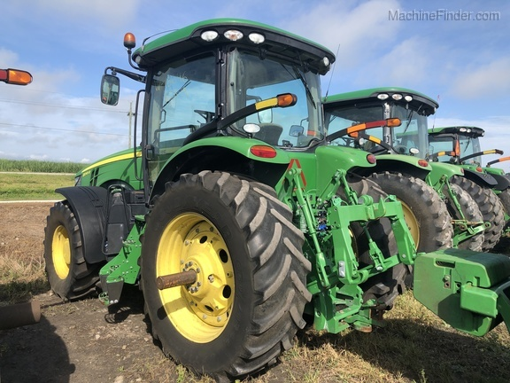 Pre-Owned John Deere 8245R in Belle Glade, FL Photo 1