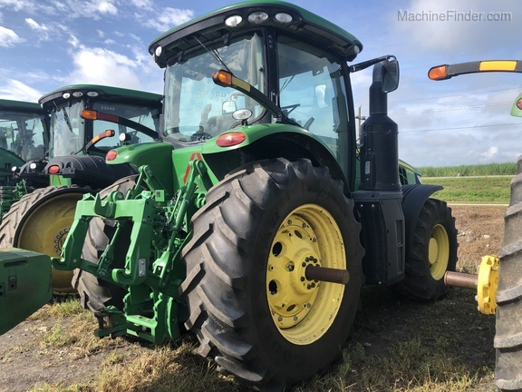 Pre-Owned John Deere 8245R in Belle Glade, FL Photo 2