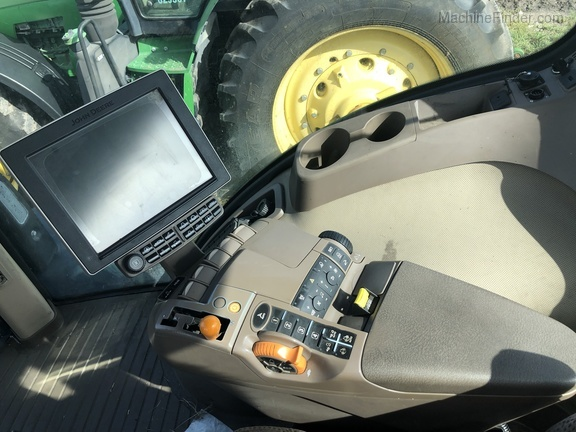 Pre-Owned John Deere 8245R in Belle Glade, FL Photo 8