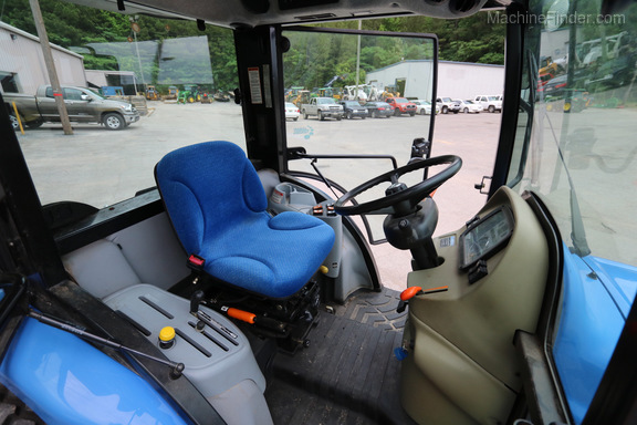 2014 New Holland Boomer 3045 Image 3
