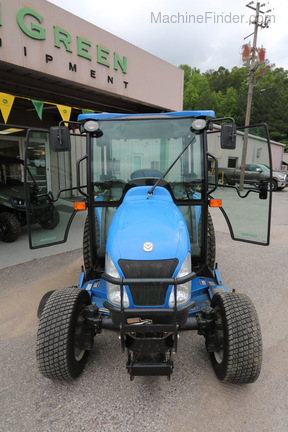 2014 New Holland Boomer 3045 Image 2
