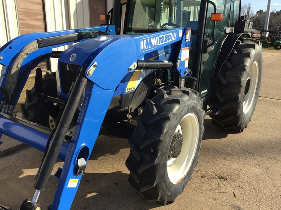 2008 New Holland T4050 Image 16