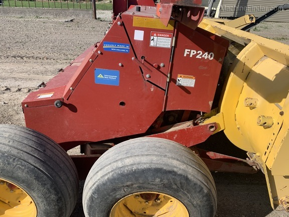 2015 New Holland FP240 Image 7