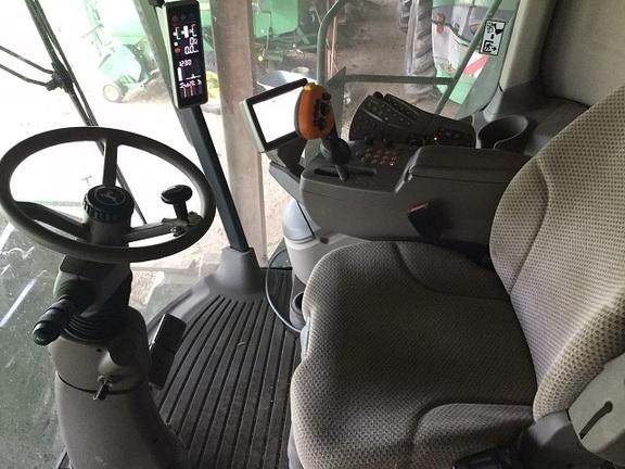 John Deere T660