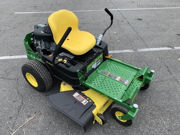 2019 John Deere Z335E
