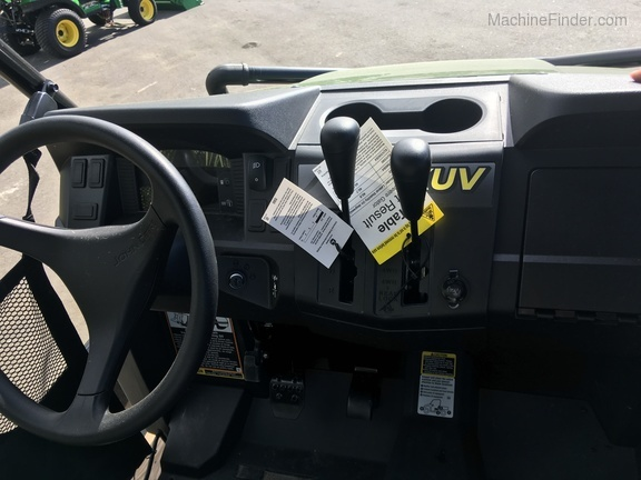 2020 John Deere XUV590E TRAILER PACKAGE