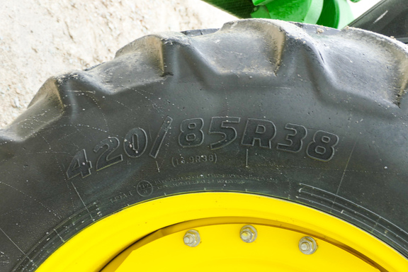 2013 John Deere 7260R-24