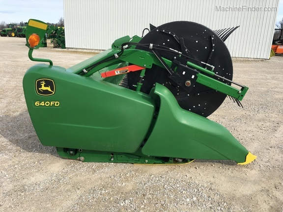 Photo of 2018 John Deere 640FD