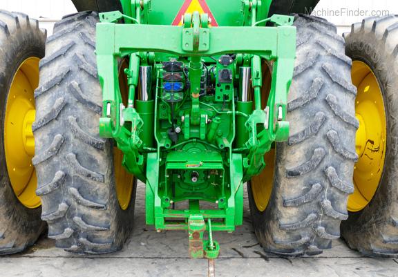2011 John Deere 8235R-25