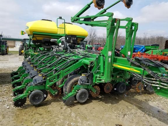 2011 John Deere 1790 Planters Drawn John Deere Machinefinder