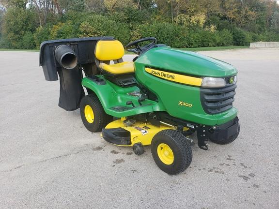 john deere x300  lawn  garden tractors  john deere