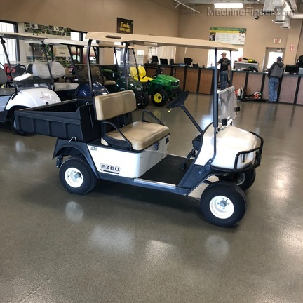 2009 EZGO GAS GOLF CART