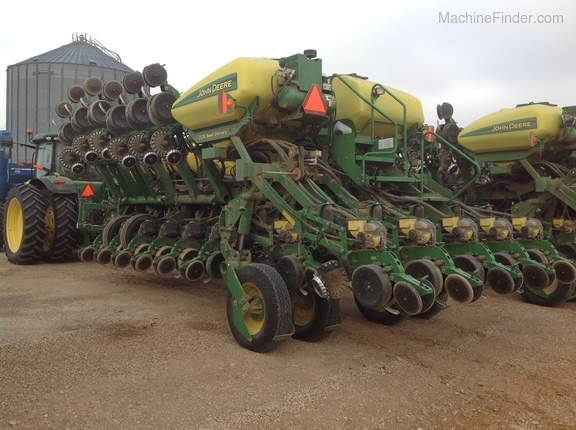 Photo of 2013 John Deere 1790