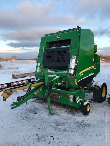 2014 John Deere 854 Silage Special Image 4