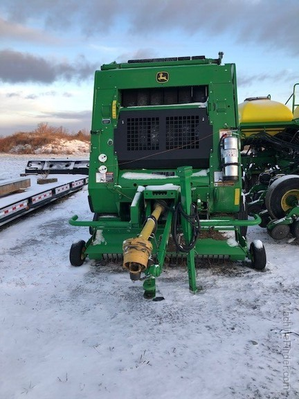 2014 John Deere 854 Silage Special Image 5
