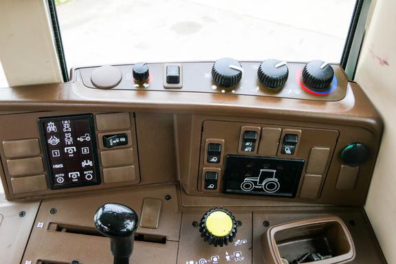 2003 John Deere 7320-16