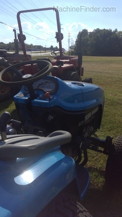 2002 New Holland NH 2030 Boomer