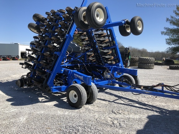 2013 New Holland P2085