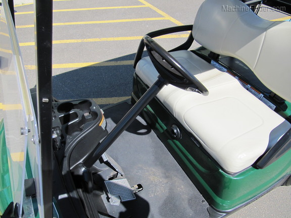 2015 Yamaha 48V ELECTRIC GOLF CARTS Image 4