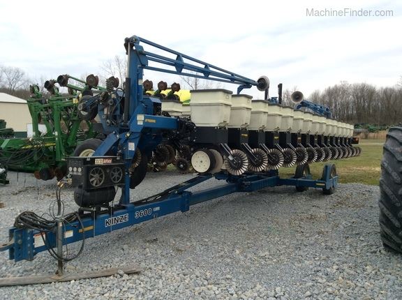 Five Points Implement Kinze 3600 2004