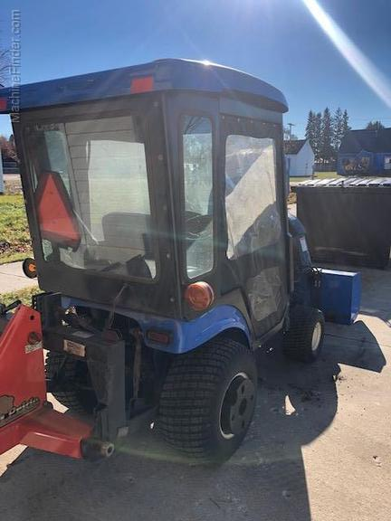 New Holland TZ25D