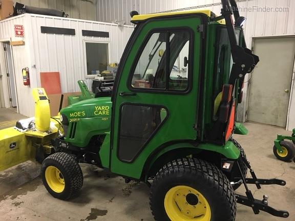 2015 John Deere 2025R - Compact Utility Tractors - Grafton, ND