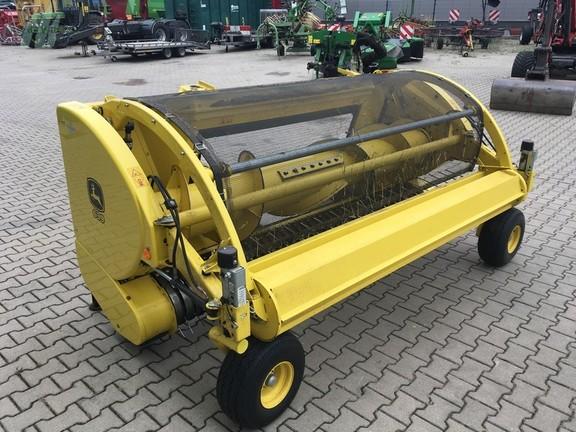 John Deere 639 C pick-up